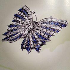 Van Cleef and Arpels#vancleef #vancity #vancleefandarpels #handmade #paris #nyc #london#la #luxury #picoftheday#birks #celebs #cool #diamonds #money #montreal #rare #russ
