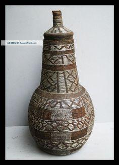 """OROMO (BORANA or GUDJII) """"chocho"""" container, Ethiopia, 1900-40, (44 cm)."""