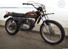 Siege Models Dt Yamaha, Japanese Motorcycle, My Fantasy World, Cool Motorcycles, Vintage Bikes, Dirt Bikes, Biker Girl, Scrambler, Vintage Japanese