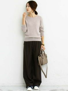 Super Womens Outfits With Sneakers Girls Ideas Fashion Pants, Girl Fashion, Fashion Looks, Fashion Outfits, Womens Fashion, Mode Outfits, Casual Outfits, Pantalon Large, Japan Fashion