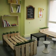 How to make furnitures with recycled pallets step by step DIY tutorial instructions, How to, how to do, diy instructions, crafts, do it yourself, diy website, art project ideas