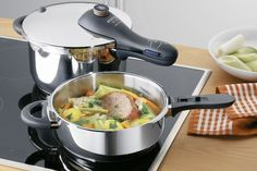 Pressure Cooker Reviews! How does the WMF Perfect Plus stand up against the Fissler Vitaquick pressure cooker?
