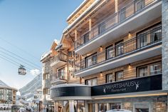 Sport- und Genusshotel Silvretta (Österreich Ischgl) - Booking.com Ski Bar, Spa, Michelin Star, Wi Fi, Skiing, Mansions, House Styles, Home Decor, Ski