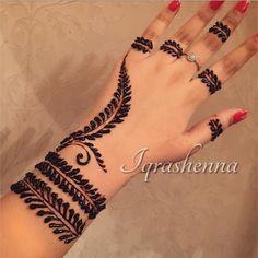 Simplicity is elegance Finger Henna Designs, Best Mehndi Designs, Arabic Mehndi Designs, Simple Mehndi Designs, Henna Tattoo Designs, Henna Mehndi, Henna Art, Simple Henna, Easy Henna