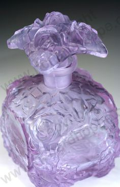 VINTAGE GLASS: DRESSING TABLE BOTTLE, SETS, BOXES, POTS, & RELATED. c.1930s SCHLEVOGT ROSES ALEXANDRITE PERFUME SCENT BOTTLE. To visit my website click here: http://www.richardhoppe.co.uk or for help or information email us here: info@richardhoppe.co.uk