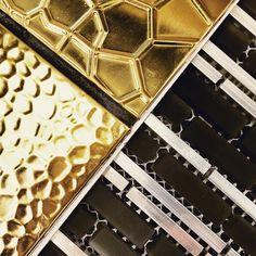 #tile #tileaddiction #stripes #metal #metallic #ihavethisthingwithfloors #design #designer #interiors #interiordesign #decor #homestyling #instastyle #trend #gold #black #blackandgold #blackandwhite #pattern  #cookmanave #asburypark #glam #glamorous #stunner #friyay #style #modernistatile #love #xoxo by modernistatile