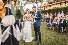 #wedding #weddingdress #outfit #dress #mariage #mariee #bride #robe #bridal #charliebrear #fridaybride #fashion #mode #retro #vintage #minimalist #ideesmariage #bridesideas #bridesmaids #demoiselledhonneur #traditionalwedding #classy #chic #elegant #chapel #eglise #church #weddinginspo #inspimariage #blogmariage #weddingblog #Flowers #Bouquet #Voile #Veil #Train #traine