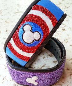 Captain America MagicBand - These vacation crafts are crazy cute.