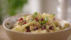 Fruitige tabouleh met ananas en granaatappel | VTM Koken Salad Bar, Couscous, Food Inspiration, Potato Salad, Salads, Foodies, Brunch, Veggies, Food And Drink