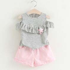 Sotida Girls Clothing Sets 2017 New Children Clothing Star Brooch Sets Kids Clothes Pullover Grey Stripes Shirt+Pants Suit Girls Summer Outfits, Baby Outfits, Short Outfits, Kids Outfits, Baby Girl Dresses, Baby Dress, Frocks For Girls, Kids Fashion, Fashion Outfits