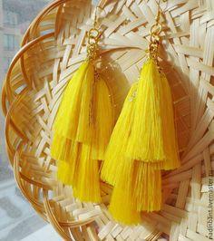 """Купить Серьги """"Семь Кисточек цвета Солнца"""" - желтый, серьги кисти, серьги кисточки. #серьгикисти #серьгикисточки #сережкикисти #nadinbant #надинбант #серьгискисточками"""