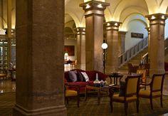 The imperial Riding School - Marriott Wien. Renaissance Hotel Architektur