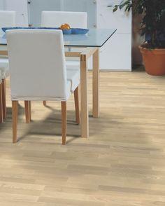 Polarwood parketti, Ash Natur Whitematt, 3-s. Paksuus 14mm, soveltuu lattialämmityksen kanssa. Värisilmä, www.varisilma.fi Bauhaus, Entrance, Taupe, Dining Chairs, Living Room, Bedroom, Furniture, Home Decor, Beige