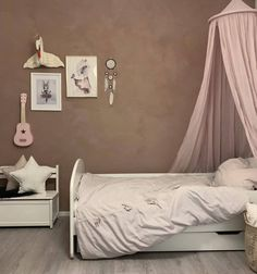 LADY Minerals Kalkmaling - 20055 Dusty Rose We love getting pictures of your finished painting proje My New Room, My Room, Girl Room, Jotun Lady, Lime Paint, Home Decor Inspiration, Interior Design Living Room, Dusty Rose, Room Decor