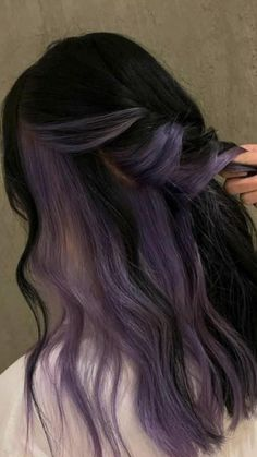 Hair Color Streaks, Hair Dye Colors, Hair Color For Black Hair, Two Color Hair, Hair Color Purple, Unique Hair Color, Purple Hair Highlights, Dark Blue Hair, Dyed Hair Purple