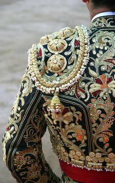 """is it just me, or is anyone else obsessed with matador """"chaquetillas"""" too?"""