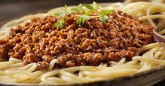 Bologna, Hamburger, Chili, Spaghetti, Beef, Ethnic Recipes, Food, Lasagna, Meat