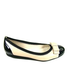 Take a look at this Black & Porcelana Helen Flat by Comfort Maven on #zulily today!