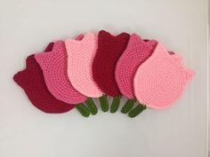طريقة عمل قواعد أكواب كروشيه - How to crochet coasters - YouTube