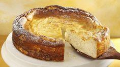 Ideal bei unerwartetem Besuch: Schneller Käsekuchen   http://eatsmarter.de/rezepte/schneller-kaesekuchen