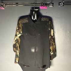 Bedazzled blouse✨ Super beautiful bedazzled army fatigue blouse. -S/M- army fatigue sleeves, collard blouse. Button up.!!!! Scrunch sleeves, you can adjust sleeves to be worn a different way. Gold gems on born shoulders! High low shirt, the front stops shorter than the back. *Tail* Tops Blouses