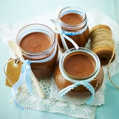 The best Nutella recipes from homemade Nutella to biscuits and chocolate hazelnut banana bread. Chocolate Spread, Chocolate Hazelnut, Chocolate Peanut Butter, Homemade Nutella Recipes, Homemade Chocolate, Chocolate Recipes, Baking Recipes, Dessert Recipes, Desserts