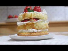 딸기와 만난 팬케이크 / Pancake with strawberries - YouTube