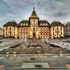 Les édifices historiques et les monuments d'architecture et d'art transforment Craiova en Roumanie en une superbe ville 😍