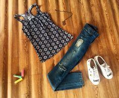 Llego el verano y es hora de renovar tu atuendo 🤳🏻💃🏻 #CaliCo #Jeans #Blusas #Mujer #MujeresRosslyn #Instafashion #fashion #Moda #Estilo #trendy #modafemenina #colombia #streetlook #casual #hechoencolombia #bogota #medellin #barranquilla #pasto #manizales #pereira #bucaramanga #cartagena #antioquia #valledelcauca #santader #summer #verano2017