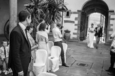 Loving this moment when the groom sees his bride <3 Italienske bryllup - Bryllup i Italia
