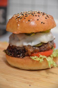 Geniale Burger Brötchen selber machen, mit Brioche-Teig. Brioche Burger Buns!