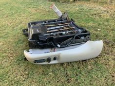 97-98 Lincoln mark viii Dri... Lincoln Mark Viii, Car Restoration, Outdoor Power Equipment, Lincoln Aviator, North Palm Beach, Track, Headlight Assembly, Tail Light, Car Parts