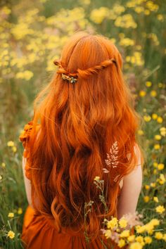 ✨Step into a spring world of fresh blooms and woodland creatures with the x Collection - HairClip✨ ⠀ Fantasy Photography, Girl Photography, Street Photography, Landscape Photography, Fashion Photography, Wedding Photography, Redhead Hairstyles, Cute Hairstyles, Princess Aesthetic