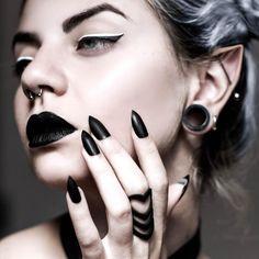 Corrupt ring in Black