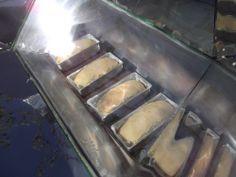 Brazilian Made Solar Oven baking 7 or more loaves of bread...  Oficina de Forno Solar no coletivo Piracema | Pleno Sol