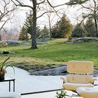 Tip #2: circular seating arrangements are the most inviting. They ebb and flow so easily and I love centering a room on a central axis. This creates movement, access, great sight lines and, most importantly, conversational seating. A living room is about living, so make sure it acts as a good host! #landscape