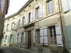 French Property for sale including French country houses, gites, chateau and holiday homes. Bargain properties for sale in France. French Country House, Town And Country, Cheap Property For Sale, 6 Bedroom House, French Property, Village Houses, South Of France, Image, Amazing