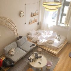 ~ Schlafzimmer Inspiration und Ideen - home Small Room Bedroom, Bedroom Decor, Bedroom With Couch, Study Room Decor, Deco Studio, Studio Apartment Decorating, Studio Apartment Layout, Minimalist Room, Minimalist Studio Apartment