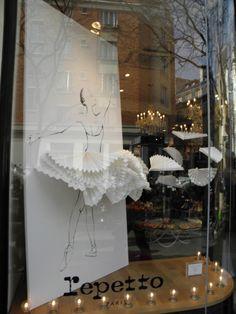 ballet_window_display