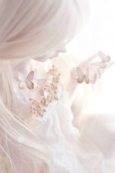 feminine and ethereal All White, Pure White, White Art, Butterfly Kisses, Butterflies, Butterfly Fairy, White Butterfly, Butterfly Wings, White Aesthetic