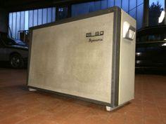 Alte-Dynacord-speaker-box-ohne-Lautsprecher