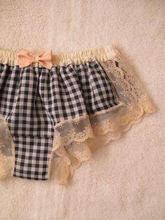 Gingham Boxer: handmade: naomi lingerie (japan) WANT! Lingerie Bonita, Jolie Lingerie, Satin Lingerie, Pretty Lingerie, Beautiful Lingerie, Lingerie Set, Women Lingerie, Lingerie Sleepwear, Aqua Sport