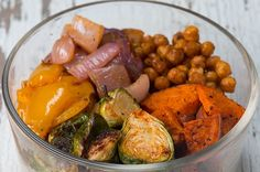 Grain Bowl Meal Prep These Vegetarian Grain Bowls Are Perfect To Grab And Go Sub in soy yogurt.These Vegetarian Grain Bowls Are Perfect To Grab And Go Sub in soy yogurt. Veggie Recipes, Vegetarian Recipes, Cooking Recipes, Healthy Recipes, Vegetarian Cooking, Dessert Recipes, Roasted Vegetables, Veggies, Roasted Potatoes