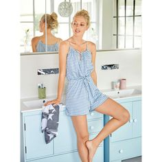 The relaxed romper with straps that evenly gather the front and back neckline is great for evening pajamas as well as a lazy day option paired with a cozy cardigan on the sofa. Diy Clothing, Sewing Clothes, Designer Clothing, Dress Patterns, Sewing Patterns, Burda Patterns, Diy Romper, Romper Pattern, Vestidos