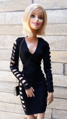Sewing Barbie Clothes, Barbie Dolls Diy, Barbie Fashionista Dolls, Barbie Model, Barbie Dress, Moda Barbie, Barbie Tumblr, Barbie Hairstyle, Barbie Stories