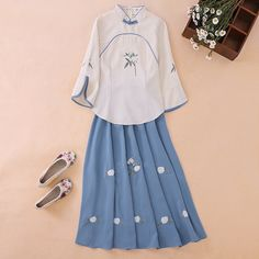 Mandarin Dress, Batik Dress, Chinese Clothing, Fashion Sewing, Korean Outfits, Apparel Design, All About Fashion, Asian Fashion, Nice Dresses