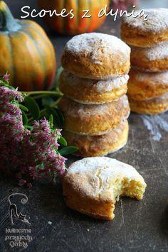 Kulinarne przygody Gatity - przepisy pełne smaku: Scones z dynią Scones, Muffins, Good Food, Food And Drink, Menu, Sweets, Bread, Cooking, Breakfast