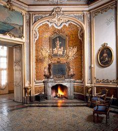 AKG-imágenes -A corner of the Ballroom, Palazzo Biscari, Catania (UNESCO World Heritage List, 2002), Sicily.