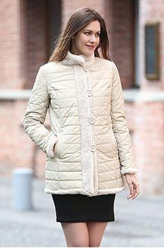Stupenda giacca corta per donna reversibile con finta pelliccia! Cappotto in stile ADALBERTO con uno sconto del 56%! SEGUICI ANCHE SU TELEGRAM: telegram.me/cosedadonna