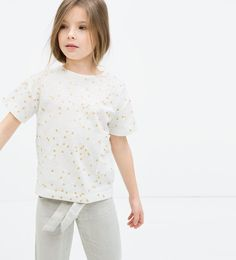 Immagine 6 di MAGLIETTA POIS DORATI BRILLANTINI di Zara